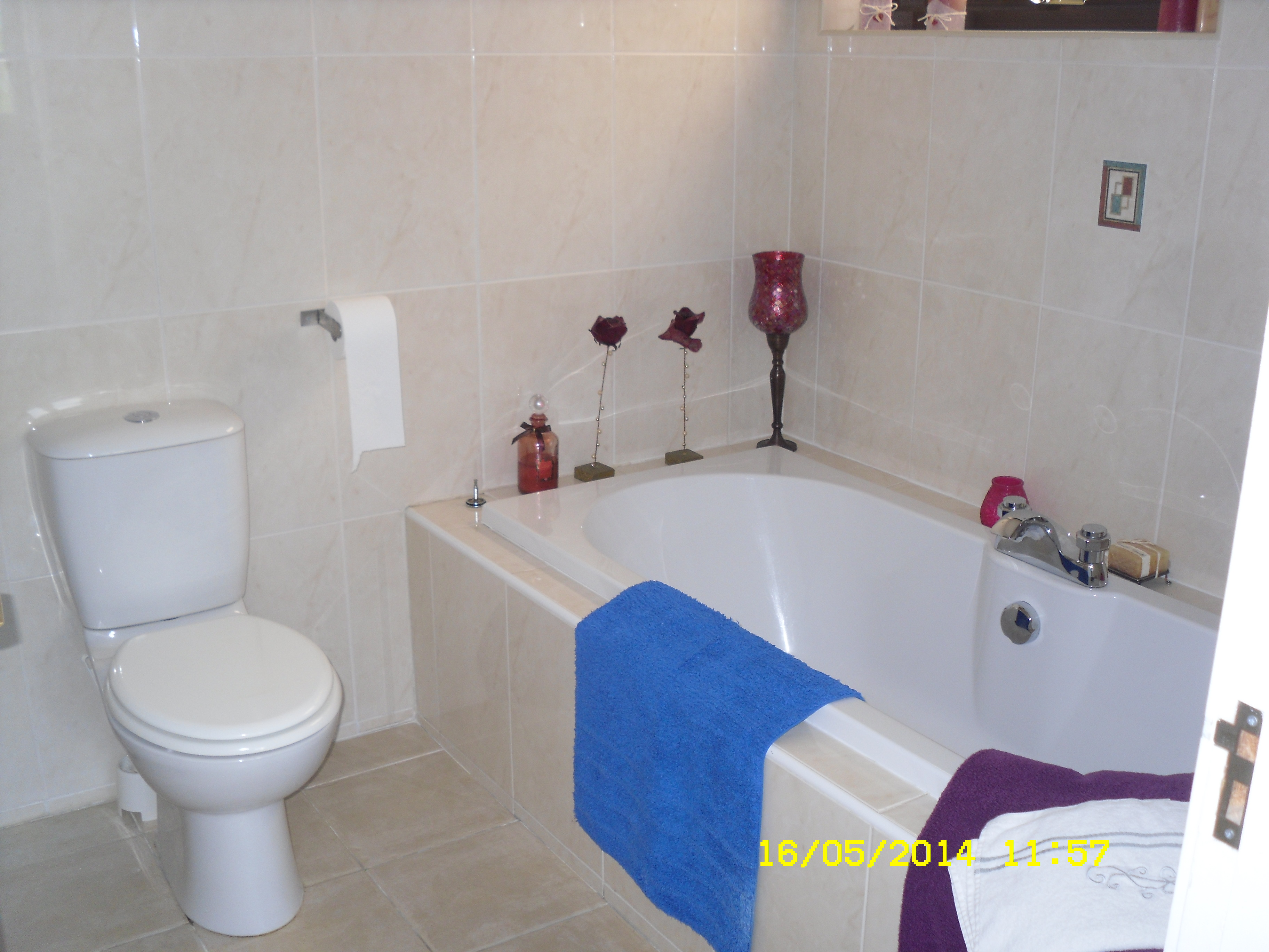 En.Suite.Bath.SDC.11094.JPG